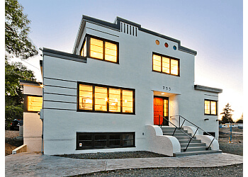 Nanaimo residential architect Raymond de Beeld Architect Inc.
