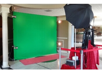 Brampton photo booth company Red Carpet Photo Booth