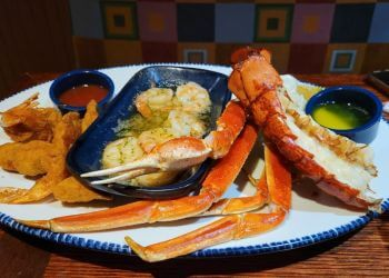 Mississauga seafood restaurant Red Lobster