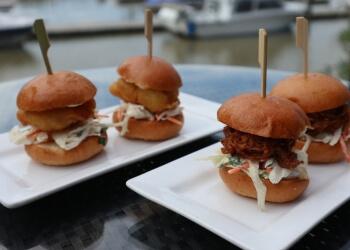 Delta steak house RiverHouse Marina Restaurant & Pub