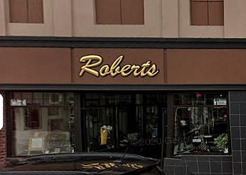 Niagara Falls jewelry Roberts Jewellers