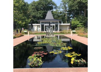 Burlington places to see Royal Botanical Gardens