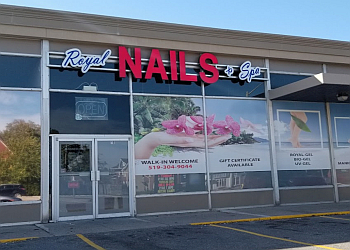Brantford nail salon Royal Nails & Spa