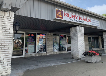 Waterloo nail salon Ruby Nails