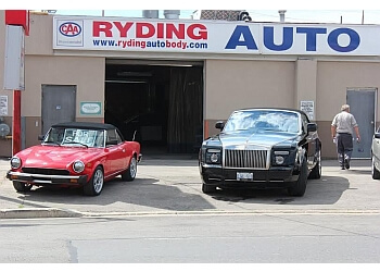 Toronto auto body shop Ryding Auto Body and Mechanical Services