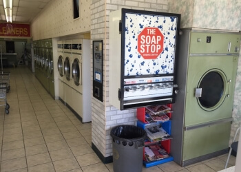 Kitchener dry cleaner Sauders Dry Cleaners & Laundromat