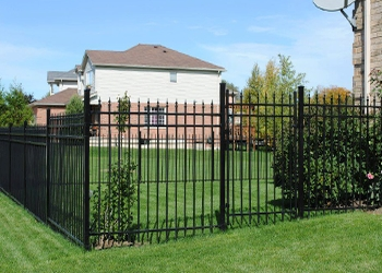 Stratford fencing contractor Scenic Fence & Deck