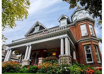 Kingston bed and breakfast Secret Garden Inn