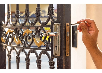 Longueuil locksmith Serrurerie De Longueuil Inc.