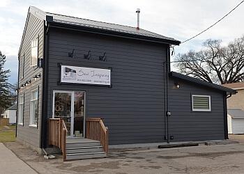 Winnipeg sewing machine store Sew Inspiring
