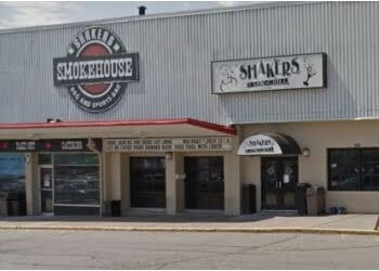 Oakville bbq restaurant Shakers Smokehouse BBQ and Sports Bar