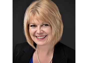 Winnipeg wedding officiant Sheryl Hunnie