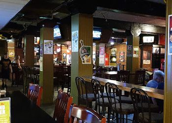 Medicine Hat sports bar Silver Buckle Sports Bar