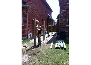 Vaughan fencing contractor SIR FENCEALOT DECKING AND FENCES