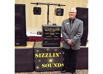 Medicine Hat dj Sizzlin' Sounds Disc Jockey