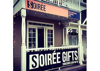 Pickering gift shop Soirée