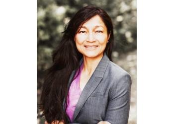 Surrey manual osteopath Sonia Lam, DOMP, RMT