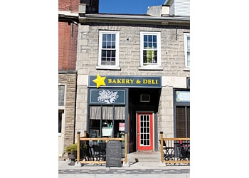 Cambridge bakery Star Bakery and Deli