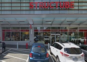Burnaby furniture store Structube