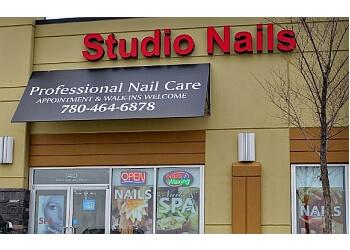 Sherwood Park nail salon Studio Nails