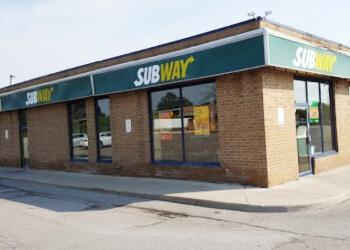 Oshawa sandwich shop Subway