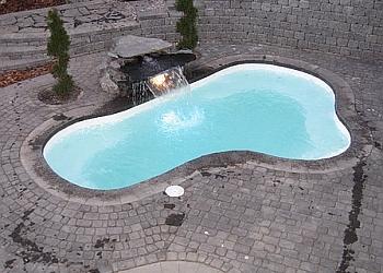 Edmonton pool service Sunny Beach Pools Inc.