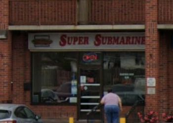 Niagara Falls sandwich shop Super Submarine