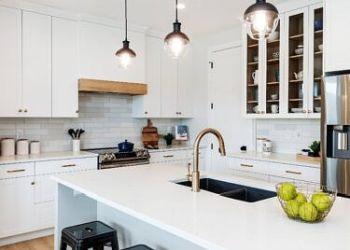 Regina custom cabinet Superior Cabinets