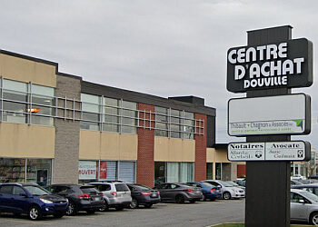 Saint Hyacinthe real estate lawyer Suzie Guilmain