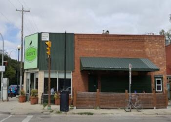 Winnipeg pub THE GROVE PUB & RESTAURANT