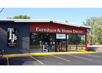 Sarnia furniture store TJ's Furniture & Home Decor