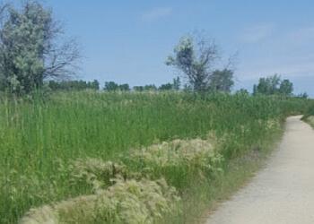 Winnipeg hiking trail TRANSCONA BIORESERVE