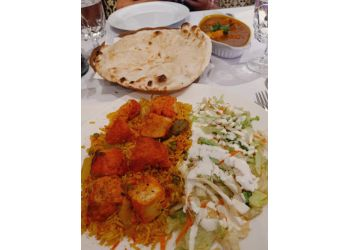 Quebec indian restaurant Taj Mahal