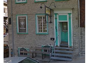 Quebec tattoo shop Tatouage Toutankhamon