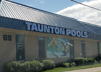 Oshawa pool service Taunton Pools