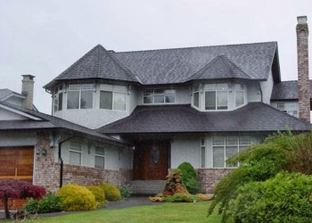 Burnaby roofing contractor Taves Roofing