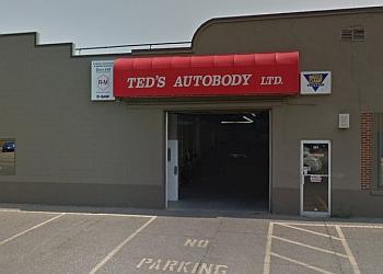 Medicine Hat auto body shop Ted's Autobody