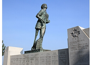 Terry Fox Monument Thunder Bay Places To See