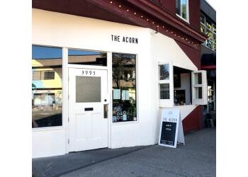 Vancouver vegetarian restaurant The Acorn Restaurant