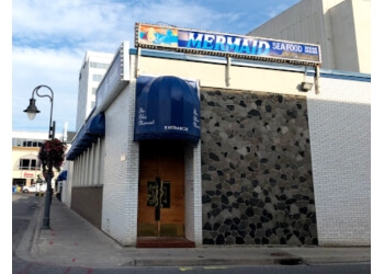 St Catharines seafood restaurant The Blue Mermaid Seafood and Steakhouse