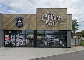 Oakville seafood restaurant The Captain's Boil