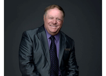 Richmond Hill real estate agent The Daryl King Team - RE/MAX HALLMARK REALTY LTD., BROKERAGE.
