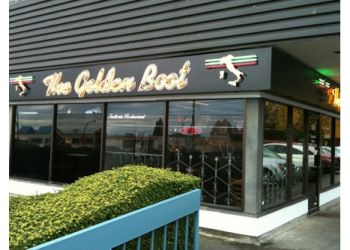 Coquitlam italian restaurant The Golden Boot
