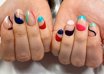 Nanaimo nail salon The Nail Lounge