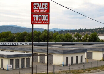 Kelowna storage unit Totom Storage