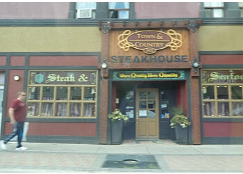 Barrie steak house Town & Country Steak House