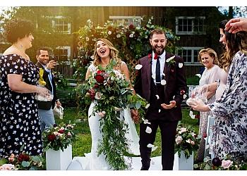 Ottawa wedding photographer Union Eleven Photographers