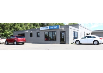 Halton Hills auto body shop Uptown Collision