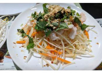 North Vancouver vietnamese restaurant V-Nam Restaurant