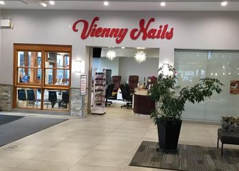 Maple Ridge nail salon Vienny Nails